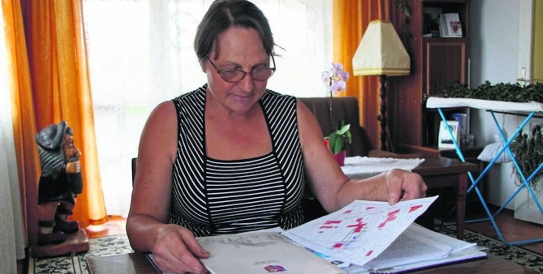 Marianna Ryk usłyszała od urzędników, że spory sąsiedzkie rozstrzygane są przez sądy