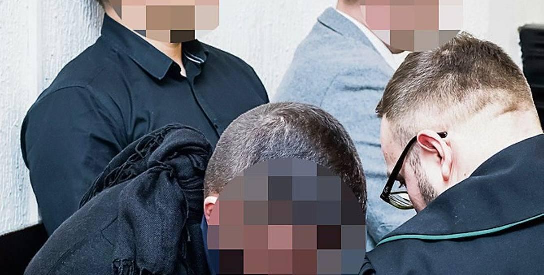 Trzej ratownicy Ośrodka WOPR w Borównie, którzy po tragedii w 2016 roku stanęli przed sądem, nie przyznają się do winy
