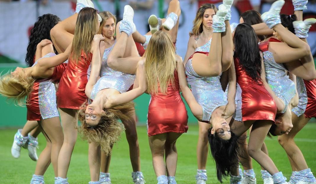 Piękniejsza strona sportu. Seksowne polskie cheerleaderki