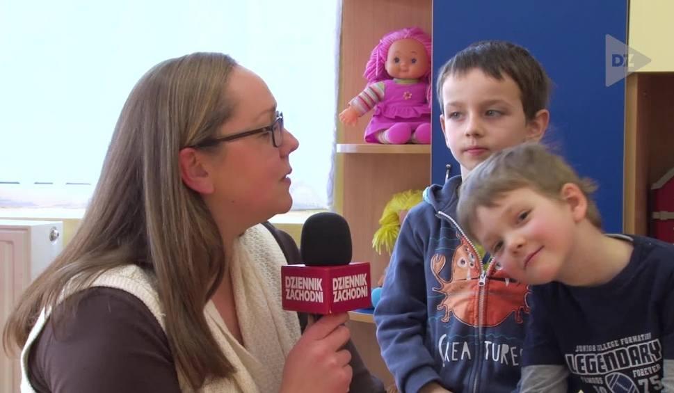 Film do artykułu: Kim są babcia i dziadek? Przedszkolaki wyjaśniają A CO TO ODCINEK 14