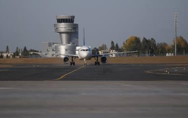 Samoloty latające nad Ławicą są problemem mieszkańców. Do poznańskich sądów wpłynęło już 900 wniosków o odszkodowania