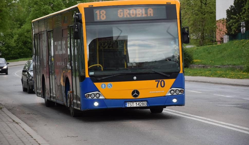 Film do artykułu: Na ulicę Kościelną w Starachowicach wracają autobusy komunikacji miejskiej