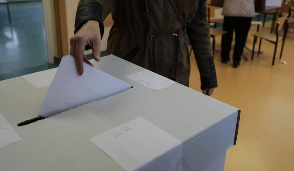 Film do artykułu: Wybory samorządowe 2018 - karty do głosowania. Jak wyglądają? [21.10.2018]