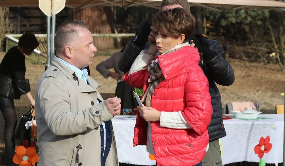 Film do artykułu: Telewizyjne gwiazdy TVN-u witały wiosnę w… Wiośnie (WIDEO)
