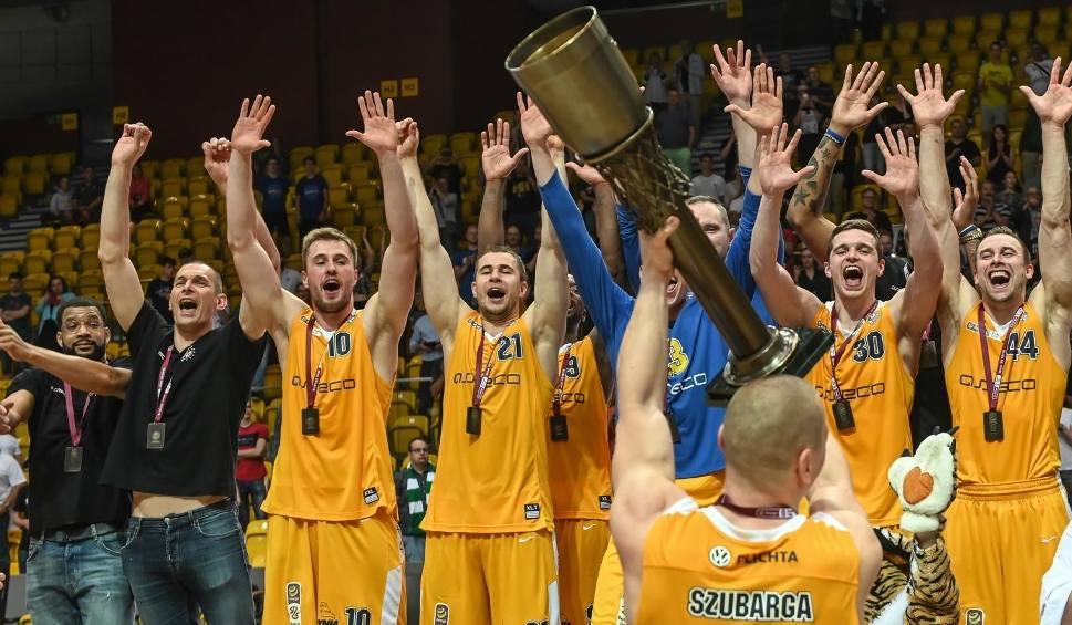 Film do artykułu: Energa Basket Liga. Arka Gdynia wydaje się być najmocniejsza z naszych drużyn, które przystąpią niedługo do nowych rozgrywek [analiza]