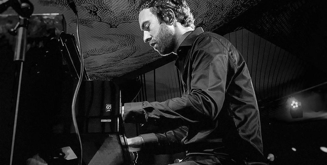 Michał Martyniuk, pianista jazzowy urodzony w Szczecinie z powodzeniem robi dużą karierę w dalekiej Nowej Zelandii