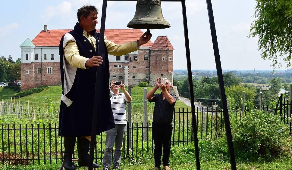 Film do artykułu: Wino, flisacy i tajemnice przeszłości na pikniku u dominikanów w Sandomierzu