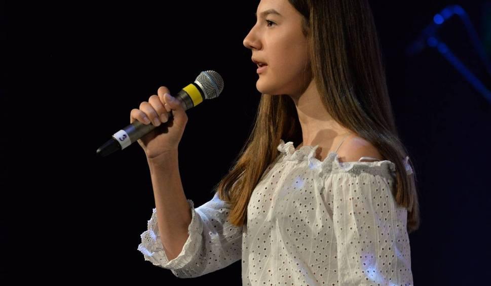 Film do artykułu: Kozienice. 30 osób z całego regionu wzięło udział w VI Mazowieckim Festiwalu Piosenki Obcojęzycznej w CKA
