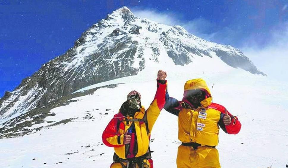 Film do artykułu: Od szczytu dzieliło ich 48 metrów, zabrakło tlenu