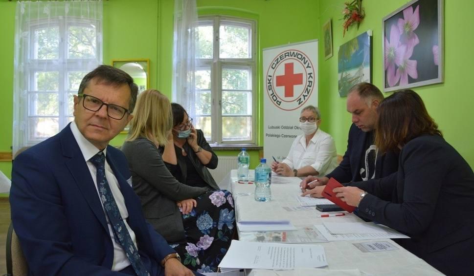 Film do artykułu: Zjazd wybrał nowe władze lubuskiego PCK. Kim jest prezes?