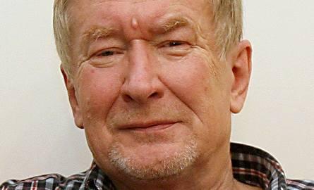 Prof. dr hab. Andrzej de Lazari jest historykiem idei, kulturoznawcą, sowietologiem oraz tłumaczem