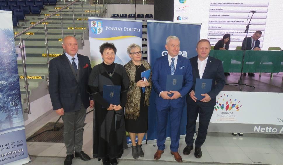 Film do artykułu: Powiat policki podpisał umowę z chemicznym gigantem