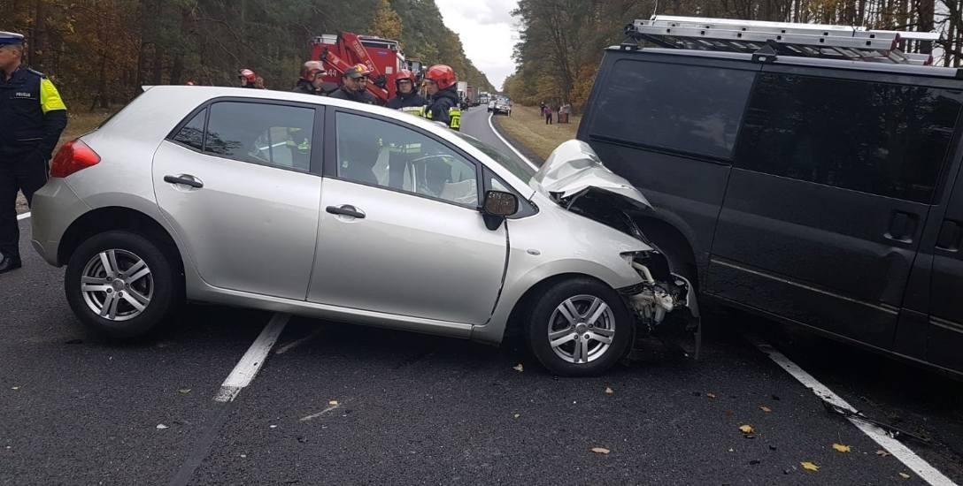 Droga krajowa nr 10 to wyjątkowo niebezpieczna trasa. W tym wypadku w Cierpicach w październiku 2018 roku zginęła jedna osoba.