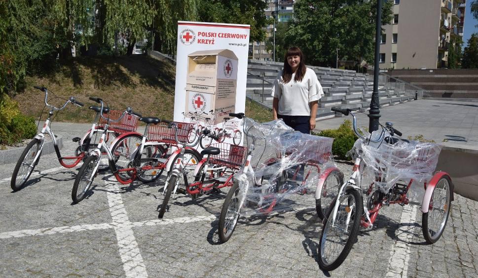 Film do artykułu: Wypożyczalnia rowerów rehabilitacyjnych już działa - w Skarżysku otwarto drugą w Polsce