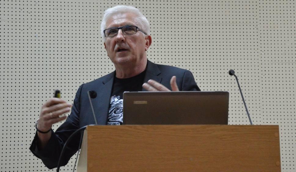 Film do artykułu: Na Uniwersytecie Zielonogórskim odbyła się debata o mowie nienawiści. Prezydent Wadim Tyszkiewicz opowiedział o swoich doświadczeniach