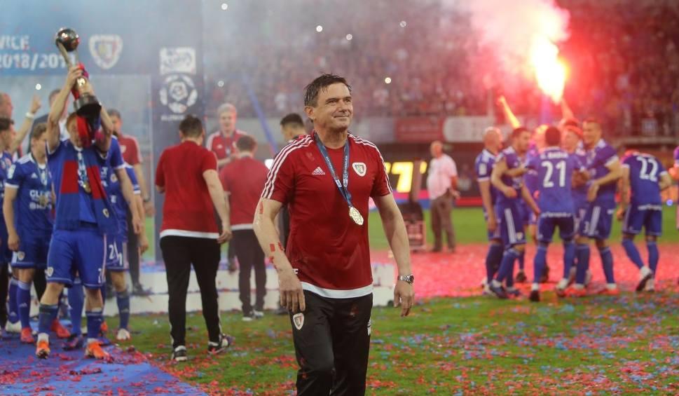 Film do artykułu: Walerian Gwilia: BATE Borysów jest faworytem, ale Piast Gliwice ma szansę powalczyć o awans [WIDEO]