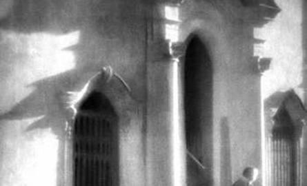 """""""Przed kościołem"""" - koniec lat trzydziestych XX wieku"""