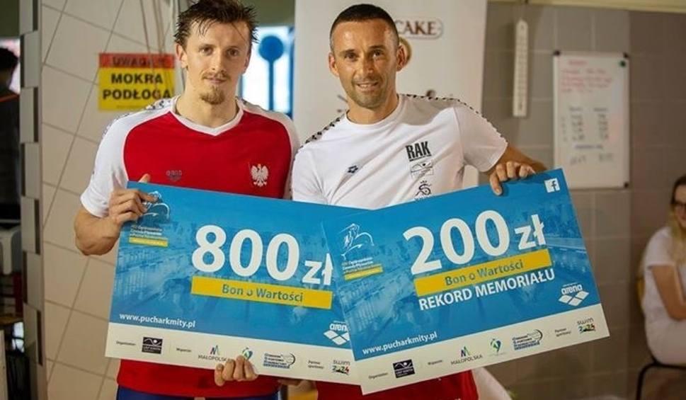 Film do artykułu: Pływanie. Michał Poprawa pobił rekord w memoriałowej konkurencji Pucharu Rycerza Kmity w Zabierzowie