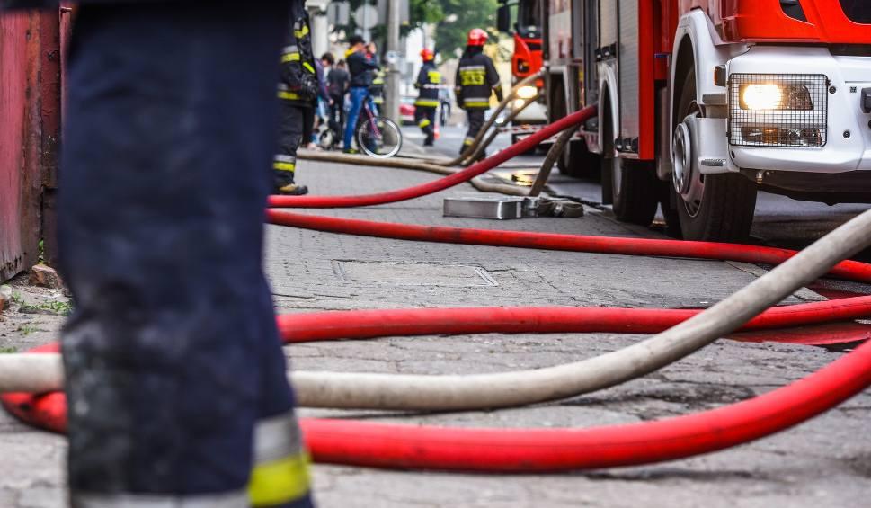 Film do artykułu: Pożar w mieszkaniu na ul. Kromera w Bydgoszczy