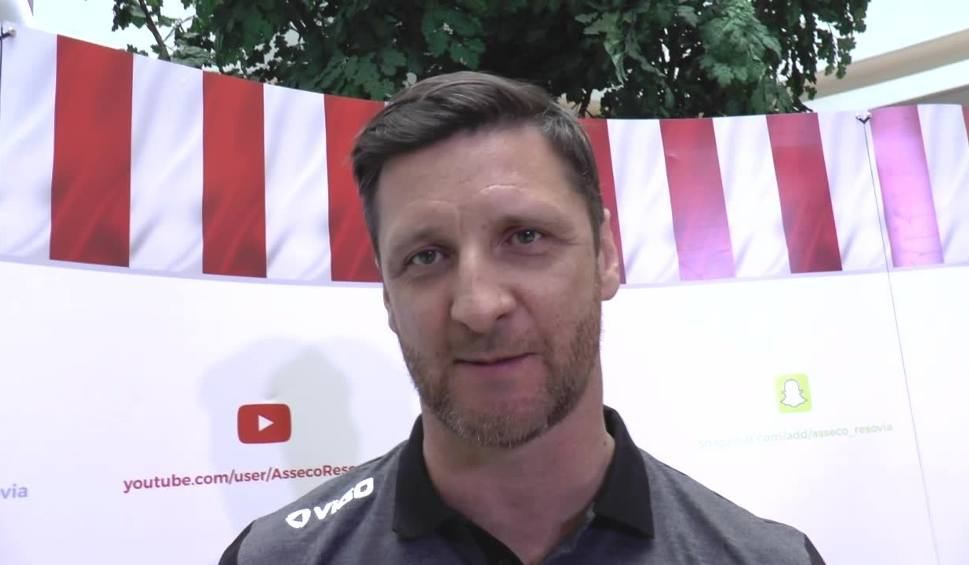 Film do artykułu: Piotr Gruszka, nowy trener Asseco Resovii: Mam nadzieję stać się prawowitym wilkiem tego zespołu. Wyzwania są duże, ale fajne [WIDEO]