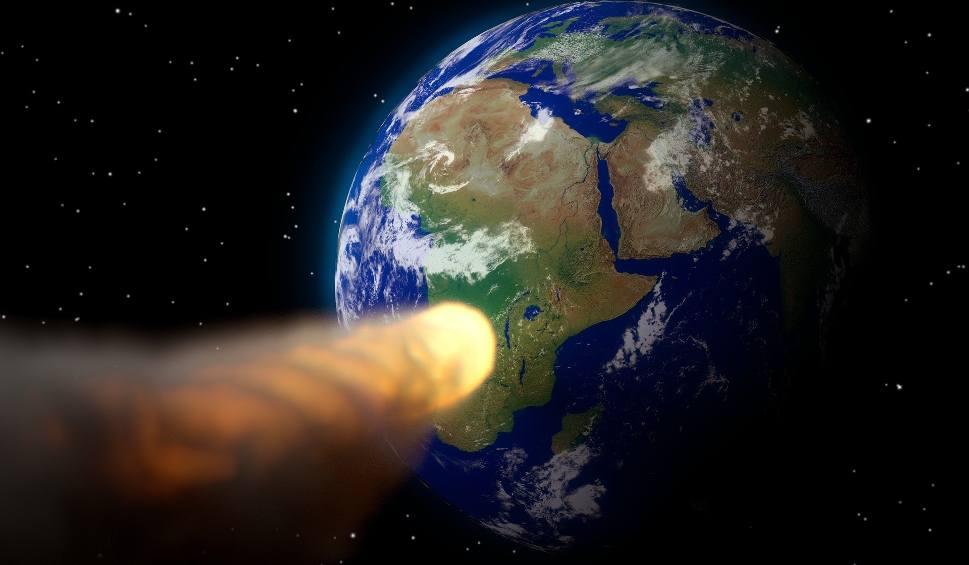 Film do artykułu: Koniec świata 2017. Asteroida X Nibiru uderzy w ziemię 23.09.2017?