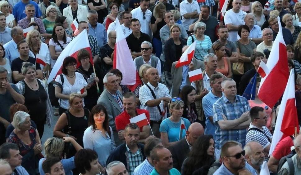 Film do artykułu:  W niedzielę wieczorem kolejny protest  w Kielcach