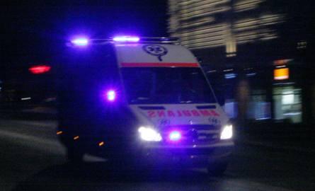DK 75. Tragedia w Dąbrowej. Nie żyje pasażerka mercedesa