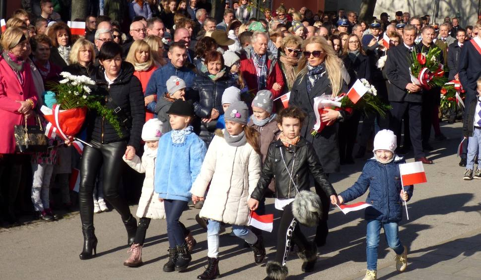Film do artykułu: Listopadowe święto. Busko czci 100. rocznicę odzyskania przez Polskę niepodległości [ZDJĘCIA]
