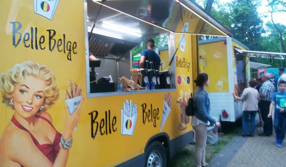 Film do artykułu: Food trucki zjechały do Parku Miejskiego w Nisku z apetyczną ofertą