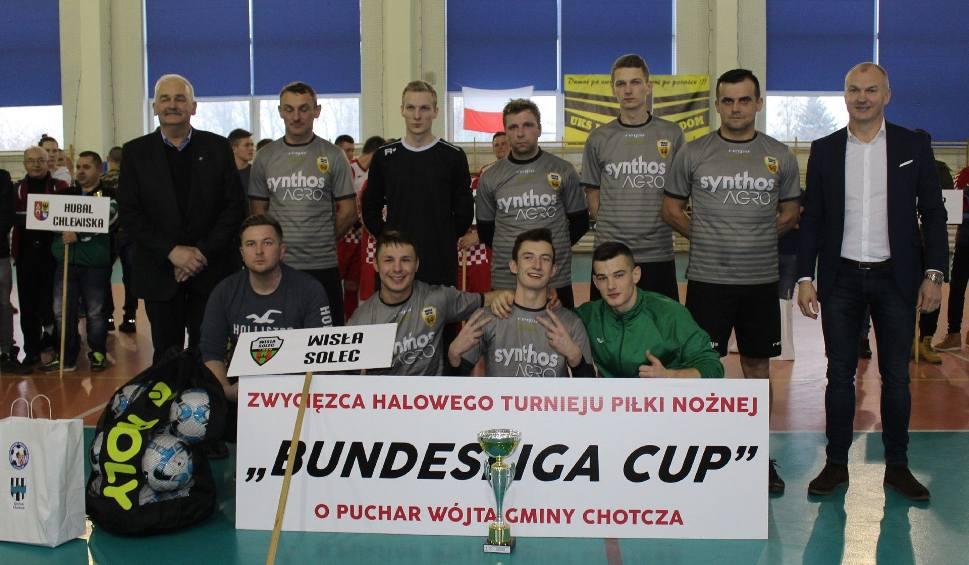 """Film do artykułu: (WIDEO, ZDJĘCIA) """"Bundesliga Cup"""" - turniej dla drużyn klasy B, wygrała Wisła Solec!"""