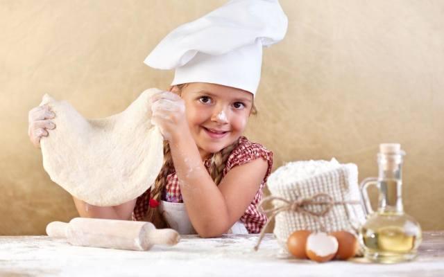 Do wypieku  ciast i ciasteczek warto wykorzystywać mąkę amarantusową. Nadaje ona potrawom lekko orzechowy smak i jest bogatym źródłem fitosteroli (obniżają