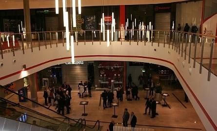 Nowy Sącz. Tak było podczas otwarcia Galerii Sandecja dekadę temu. Wydarzenie prowadził Maciej Dowbor [ZDJĘCIA]