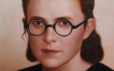 W niemieckim obozie zagłady Stefania Łącka otrzymała numer 6886. Działała tam w ruchu oporu, a jako sekretarka blokowa zdołała ocalić wiele istnień