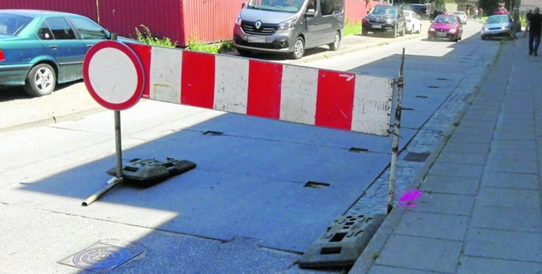 Rozpoczyna się budowa kanalizacji deszczowejna skrzyżowaniu ulic Sygietyńskiego i Długiej