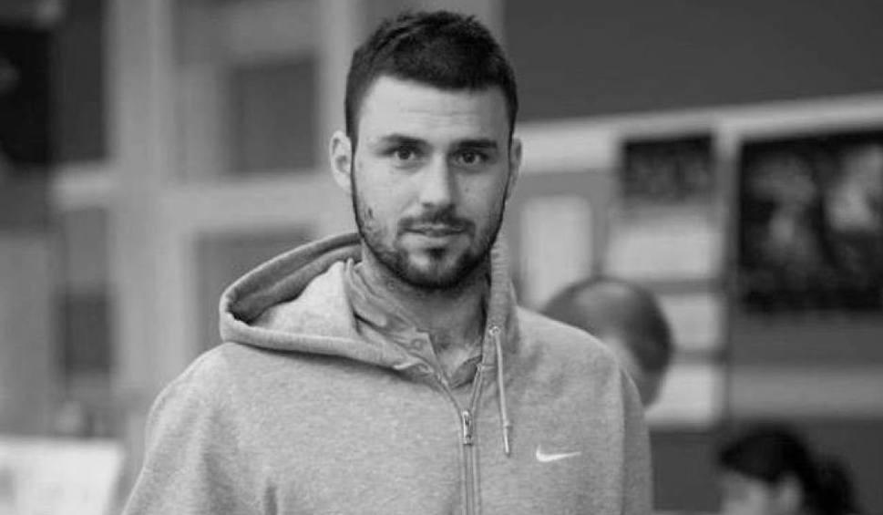 Film do artykułu: Nie żyje sportowiec Szymon Nawrot. Zmarł na treningu drużyny piłki ręcznej