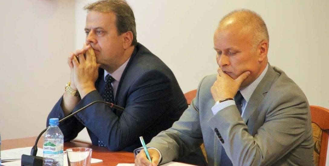 Tadeusz Dzwonkowski i Witold Sosnowski (z prawej) współpracowali od początku obecnej kadencji władz powiatu tczewskiego. Wydawało się, że w koalicji