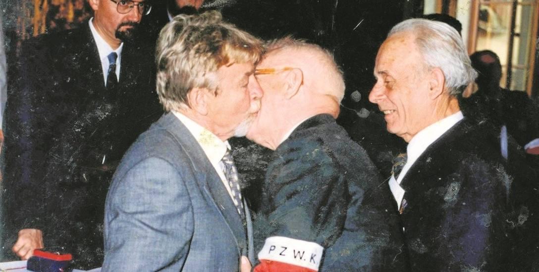 Już po upadku PRL-u, w maju 1993 r., płk Ryszard Kukliński witany był w Krakowie jako bohater