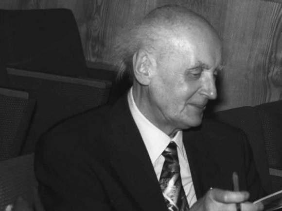 Wojciech Artur Kilar (ur. 17 lipca 1932 we Lwowie, zm. 29 grudnia 2013 w Katowicach) – polski pianista, kompozytor muzyki poważnej i filmowej; odznaczony