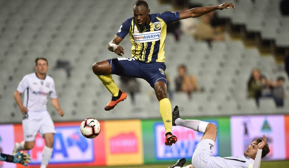 Film do artykułu: Najszybszy człowiek świata Usain Bolt chce być piłkarzem. Na razie chcą go... na Malcie