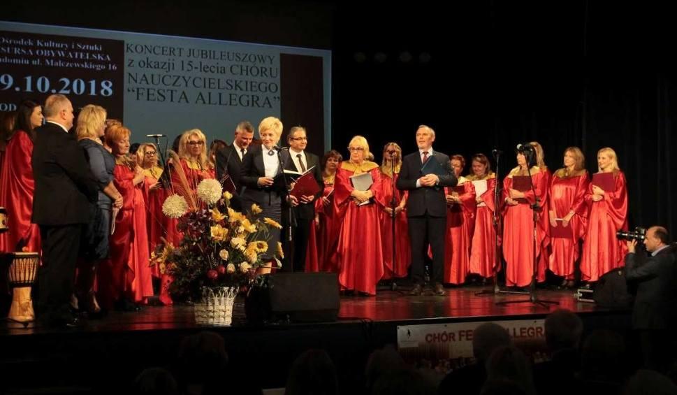 Film do artykułu: Chór Nauczycielski Festa Allegra świętował 15-lecie. Był huczny koncert