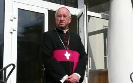 Biskup łowicki Andrzej F. Dziuba 24 lipca o godz. 10.30 odprawi dla młodych nabożeństwo na Starym Rynku