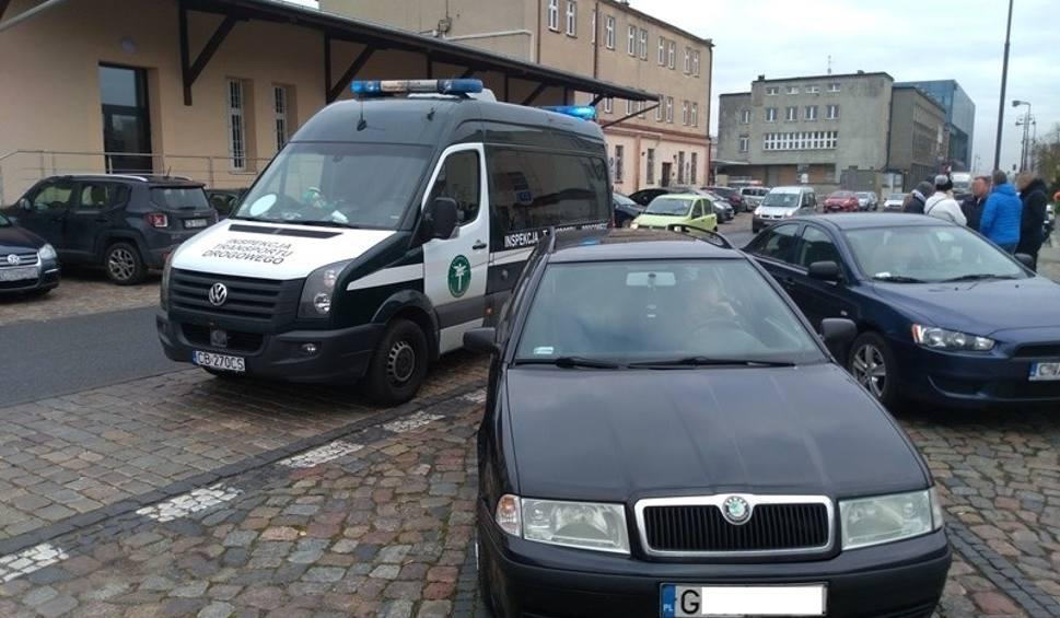 Film do artykułu: Taksówkarze zwalczają konkurencję w przewozach - bez licencji ani rusz