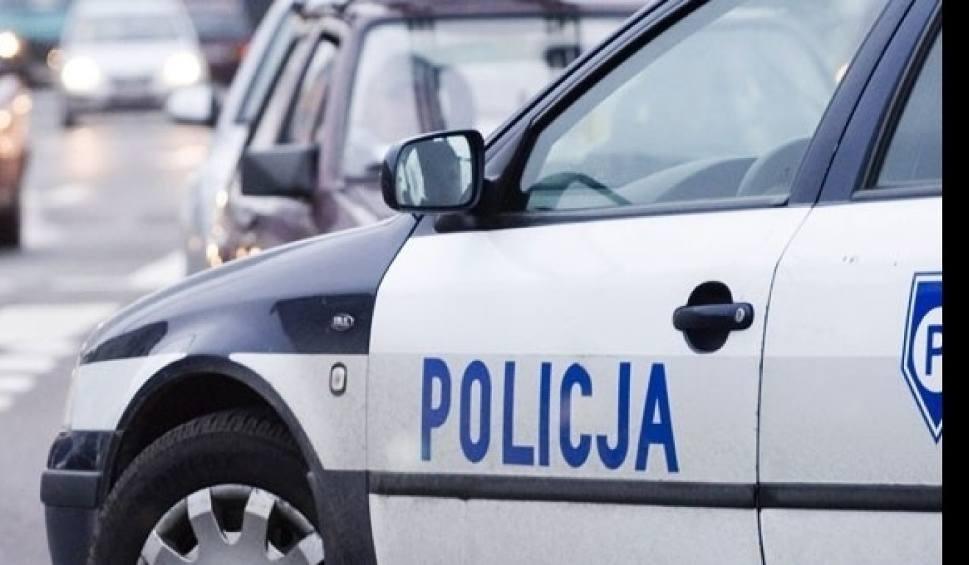 Film do artykułu: A4 w Gliwicach zablokowało... drewno. Z ciężarówki posypał się ładunek