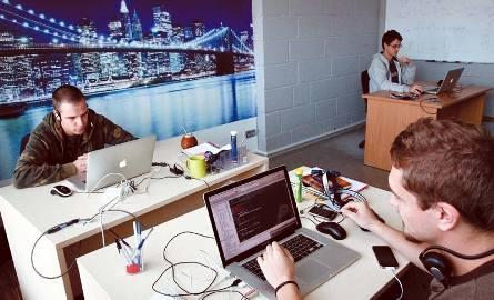 Ponad 80 programistów tworzy oprogramowanie na urządzenia mobilne w białostockim oddziale Transition Technologies