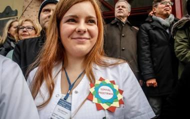 27 listopada w Sopocie odbył się protest personelu szpitala, pacjentów i mieszkańców miasta
