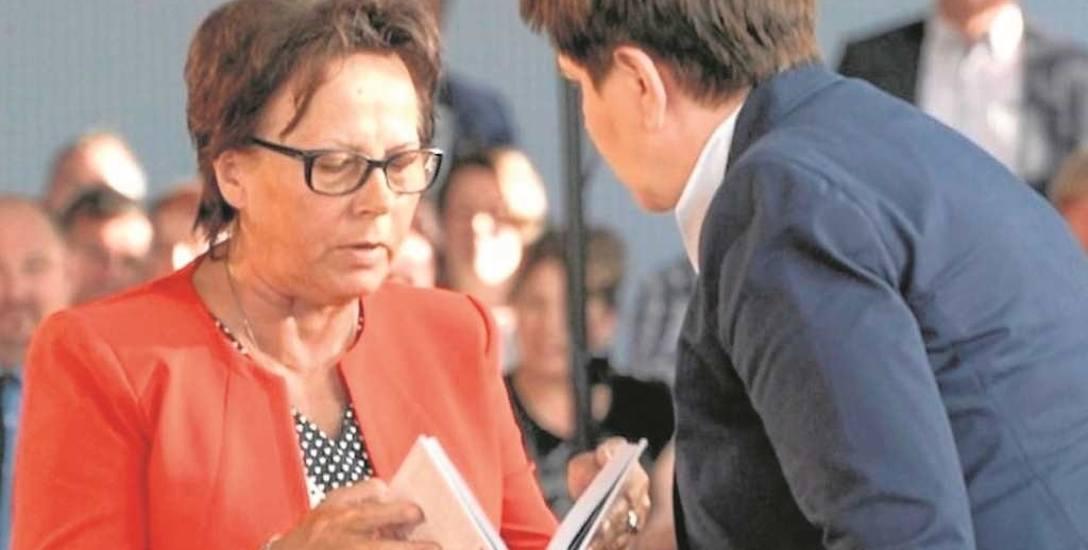 """Jadwiga Sikoń uważa, że limanowscy działacze Prawa i Sprawiedliwości to typowy """"beton"""", który nie robi nic, by wzmocnić partię. W rewanżu słyszy, że"""