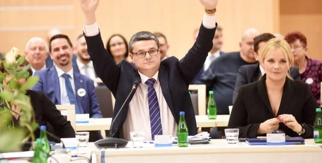 - Nie ma zielonogórskiego zaboru - zapewnia Sebastian Ciemnoczołowski, który mieszka w Zaborze. Zdjęcie z listopadowej sesji sejmiku