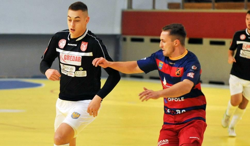 Film do artykułu: 1 liga futsalu. Gredar Brzeg wygrał i uciekł ze strefy spadkowej. Porażki Berlandu Komprachcice i FK Odry Opole