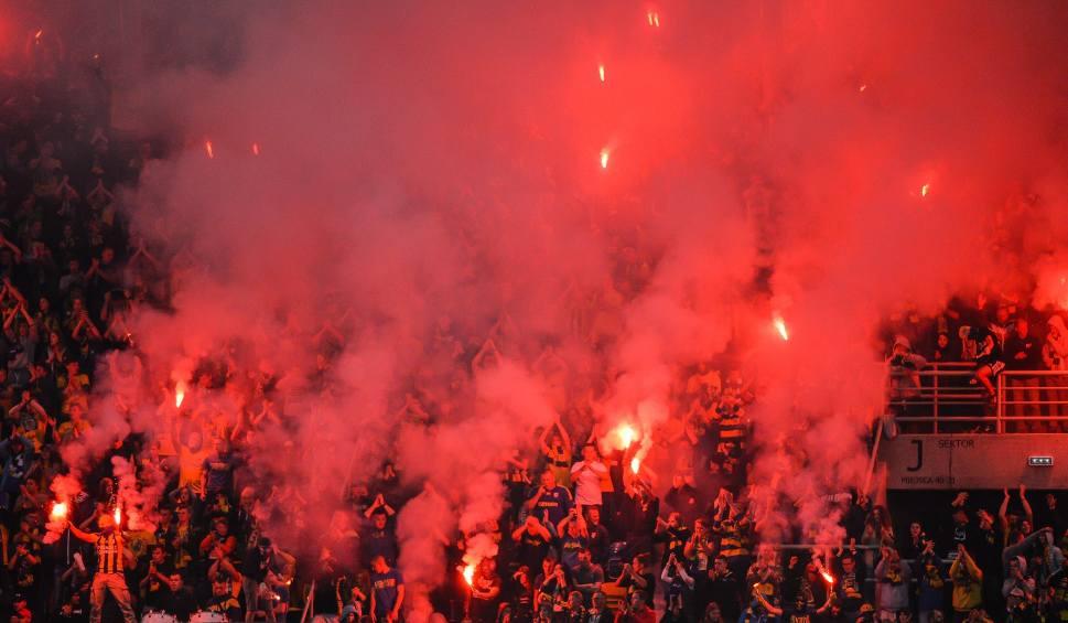 Film do artykułu: UEFA ukarała Arkę Gdynia za zachowanie kibiców w meczu z FC Midtjylland