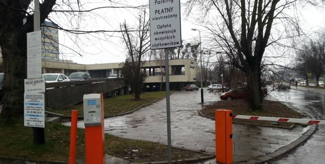 Parkowanie pod szpitalem im. Kopernika w Łodzi będzie tańsze dla rodzin pacjentów?